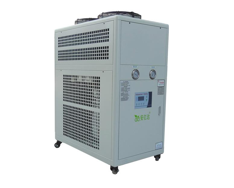 冷水机、冷冻机、冷却机