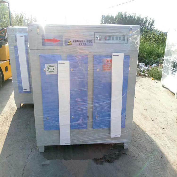 脉冲布袋除尘器的工作原理及技术特点