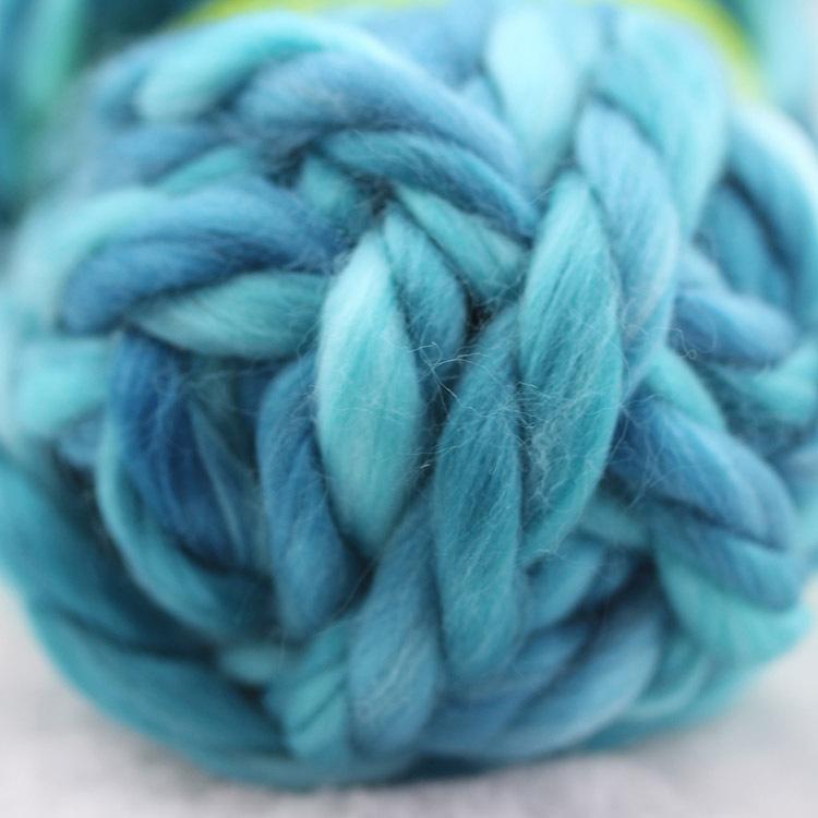 汇彩花式纱 品质有保证 超粗3股冰岛毛 环保质地 段纺彩色合股纱