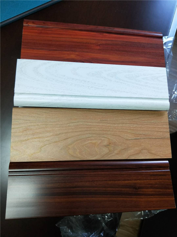 漳州鑫辉隆铝材木纹转印