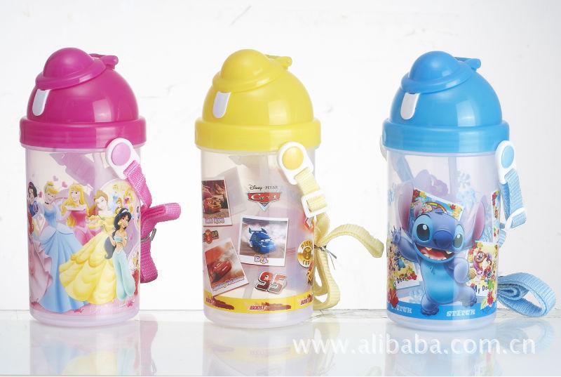 凌志家品 厂家直销 彩色印花翻盖儿童硅胶吸管水壶 2-3岁儿童水壶