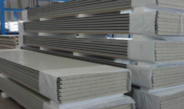聚氨酯夹芯板价格聚氨酯夹芯板厂家